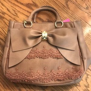 NWT Betsy Johnson brown bow & lace bucket purse